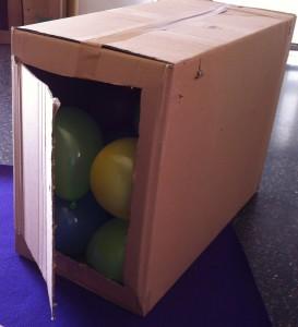 Joc amb caixes de cartró Explorart